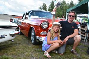 Per Sundberg och Irma Sundberg. Pappa Per vann prestigefyllda People's Choice för sin Chevrolet från 1955.