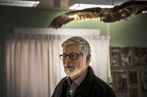 Anders Jönsson är en av de personer som räddat mycket av skolans saker till eftervärlden.