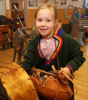 Emelie Nilsson, Tulleråsen, tyckte att lekutställningen om det samiska kulturarvet var jätterolig.