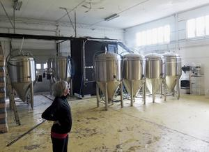 Bryggeriet i Gävle är dubbelt så stort som det i Jädraås. 350 kvadratmeter. Och det är högt i tak.