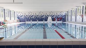 Simhallen är en av de ställen där det ordnas aktiviteter för sportlovslediga.