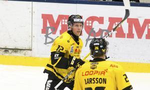 Rutinerade kaptenen Fredrik Johansson har gjort svaga 1+1 på sju matcher.
