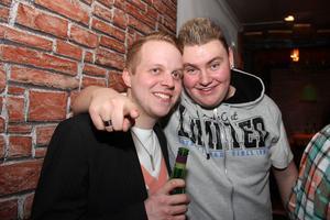 Poco Loco Bar. Adam och Olle.