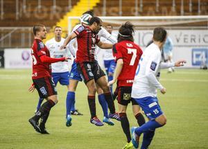 Östersunds FK har haft en svår säsongsstart på planen med tappade poäng och massor av skador på nyckelspelare. Svajig ekonomi med skatterevision och revisorskritik är nästa tuffa punkt för föreningen.