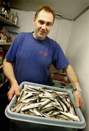 Lars-Ove Flodberg har drivit Trollharens Fisk på Granön i 16 år. Nu byggs restaurangen ut och gör plats för 100 gäster.