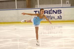 10-åriga Alva Eriksson, Brinka, är van vid att tävla och gillar det – och när något man tränat hårt på äntligen sitter.