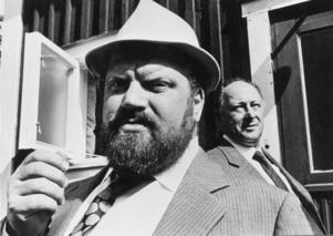 Ernst Günter, i rollen som direktör Per Sjöstrand, i Lars Molins Badjävlar från 1971. Foto: Kenneth Thorén