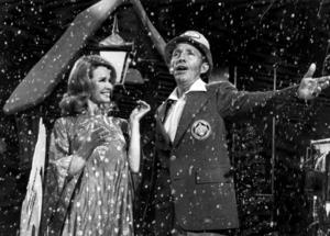 Kathryn och Bing Crosby under ett framträdande 1976.