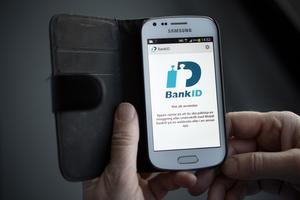 Genom att erbjuda möjligheten att lägga bud via sitt mobila BankID anser Fastighetsbyrån att budgivningen ska bli enklare och säkrare.