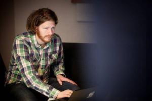 Håkan Borgsten har skrivit och regisserar