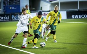 Fältjägarna kommer med ett dystert besked: de drar sig ur division 5. På bilden syns bland andra Martin Dahl i en match mot Alsen 2015.