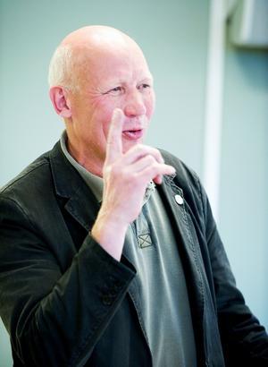 Leksands ordförande Bertil Daniels hade ingen aning om vad som var på gång när Håkan Åman nådde honom på telefon under fredagen. Efter samtalet saknade föreningen VD, efter att Åman sagt upp sig. Foto:Mattias Nääs/arkiv