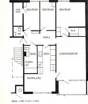 De nyaste fyrarumslägenheterna på Bjurhovda skiljer sig något från de äldsta. Bland annat har köket blivit betydligt större, och mellanväggen mellan de två minsta sovrummen är numera standard. 9 oktober 1971.