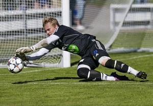 Emil Johansson är på väg tillbaka efter ett par jobbiga månader. Nu gör han comeback i Rengsjö i division 3.