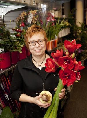 Tipsare. Lucie Ukvitne, florist på Amaryllis i Västerås.  Foto: Anders Forngren