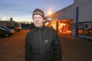– Det är ju fruktansvärt. Man tror inte att något sånt ska hända här, säger Börje Dubbel, 67 år gammal, i Ytterhogdal.