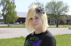Jennie Eriksson har fyllt 18 år. Hon studerar djurvårdsprogrammet vid Ösby Naturbruksgymnasium.