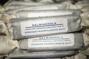 Den svensktillverkade salmiakkolan valdes till Sveriges Favoritlakrits 2013.Foto: Vilhelm Stokstad/TT