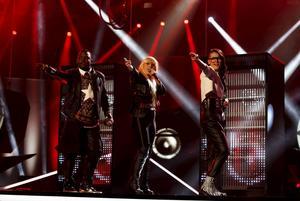 JEM framför sitt bidrag Love Trigger under repetitionerna inför Melodifestivalens andra deltävling.