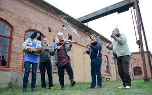 Speltradition. Bergslagernas spelmansgille uppmärksammar Blinda Petters musik, 200 år efter spelmannens födelse.