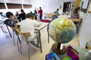 Den viktigaste faktorn för en bra skola är kompetenta lärare, skriver Stig Sundqvist. (Personerna på bilden har ingen direkt koppling till artikeln.)