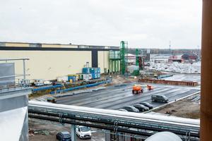 Ala Sågverk är klar med pelletsfabriken inom två månader. 95 000 ton kommer årligen att kunna förse 15 000 villor med värme.