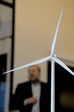 Vindkraftsbranschen ökar kraftigt i länet. Möjligheter finns att ta vara på, både för den enskilde och för lokala företag.