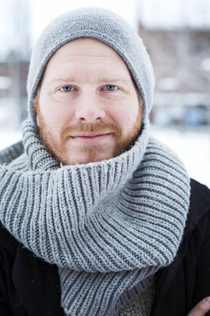 Här i rollen som familjefar och kulturutövare, Håkan Borgsten precis som han är.