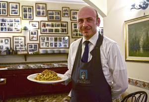 Lunchen, pasta med sardiner och pinjenötter, är serverad på Casa del Brodo.   Foto: Ola Wickander/TT
