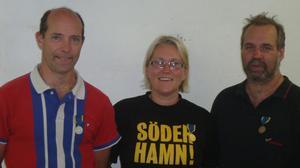 Helena Jansson sköt bäst, Bengt Jansson, till vänster, näst bäst, medan Klas Gustavsson, Hofors, fick bronset.