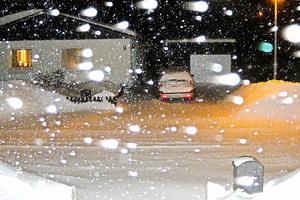 Att hämta in VLT klockan 05:00 på morgonen kan vara lika kallt och jobbigt som för tidningsbudet att köra ut den.Men den ligger i brevlådan!