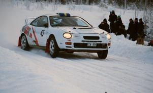 Hemmaföraren Niklas Hägg spurtade bra på sista sträckan, men det fattades ett par sekunder.