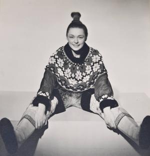 Jane Horney var 1938-39 ute på en 10 månader lång grönlandsresa som hon sedan skildrade i Stockholms-Tidningen. I samband med resan poserade hon för en serie bilder utklädd till grönländska.