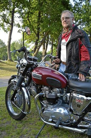 Klassiker. Olle Eriksson från Fellingsbro köpt den här Triumph 650 ny 1969 och har vårdat den ömt sedan dess.