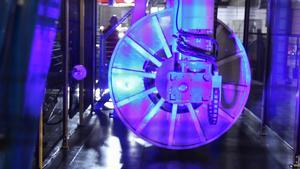 Dagen till ära lyste Hexatronic upp sin nya maskin i flashiga färger.