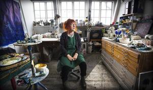 Tania Fred på plats i sin ateljé.