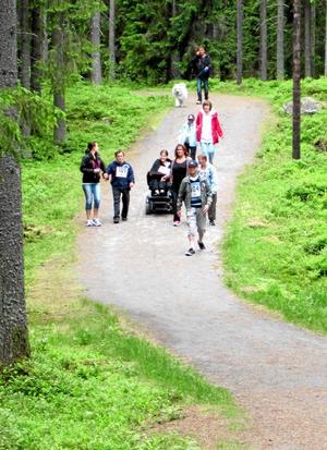 Hagbyrundan. Ett 20-tal deltagare vid daglig verksamhet har deltagit i Hagbyrundan, en del i verksamhetens hälsosatsning.¿Bild: PRIVAT