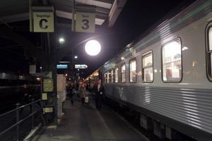 Kommunerna längs Atlantbanan kämpar för att få behålla minst ett nattåg längs norra stambanan.