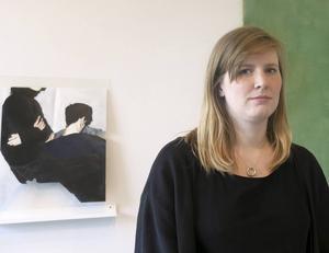 Malin Gebre-Medhin visar måleri och keramik som vi gillar, i Gävle Konstskolas elevutställning.