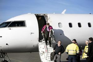 första flygningen. Första flyget på sträckan till Köpenhamns återvänder till Örebro. Arkivfoto: Lennart Lundkvist