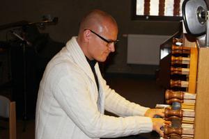 Nicklas Strandberg spelade många vackra, nyanserade och mjuka toner i lördags.