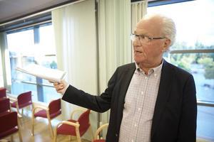 Lars-Olof Björklund var starkt kritisk till avgående styrelse.