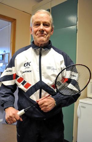 Lennart Eriksson hoppas att ännu fler ska komma och spela badminton i Skönvikshallen.
