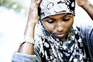 HITTAT MENINGEN. Halima Hussein, 19 år, från Somalia är en troende muslim. Hon har haft sin slöja sedan hon var 11 år.