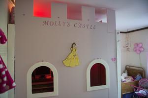 Mollys rum ändrar karaktär ofta. Slottet har snart gjort sitt berättar My och har spännande planer.