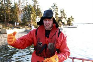 Matserik Nilsson säger att arbetet med oljesaneringen känns meningsfullt, även om det tar tid.