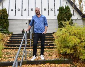 """Martin Davén är pastor vid Hagakyrkan i Sundsvall. """"Jag tror att det finns en mening med att jag finns här"""", säger han."""