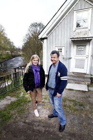 """BRA TEAM. """"Vi är en emotionell familj som stöttar varandra känslomässigt och praktiskt i snart sagt allt,"""" säger Calle Norberg, som flitigt använder dotter Linnéas favoritcitat """"Livet är en gåva"""" sedan han vintern 2010 kollapsade på jobbet."""