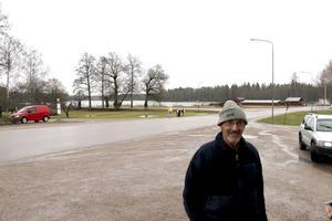 Inge Jansson säger att han inte störts av flyktingarna.