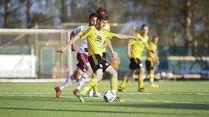 SFF hade nästan inga hot att komma med i säsongens första derby mot HuFF och föll med 0–3.